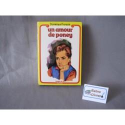 Un amour de poney Dauphine GP Rouge et or 1964
